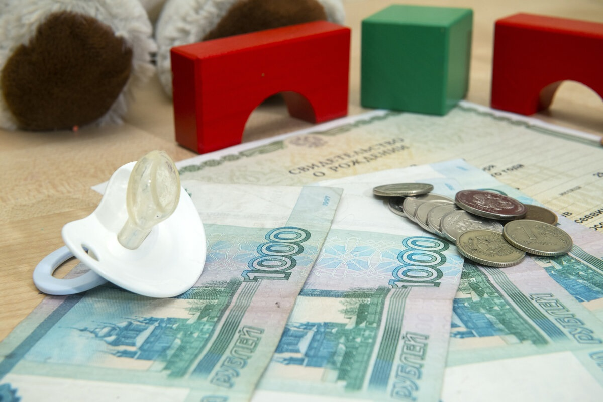 Путин изменил порядок предоставления выплат на детей от 3 до 7 лет