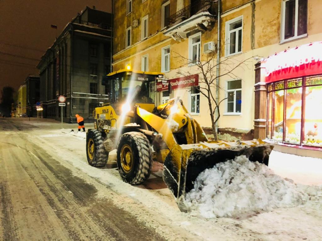 Как уборка снега в Кирове перестала быть публичной