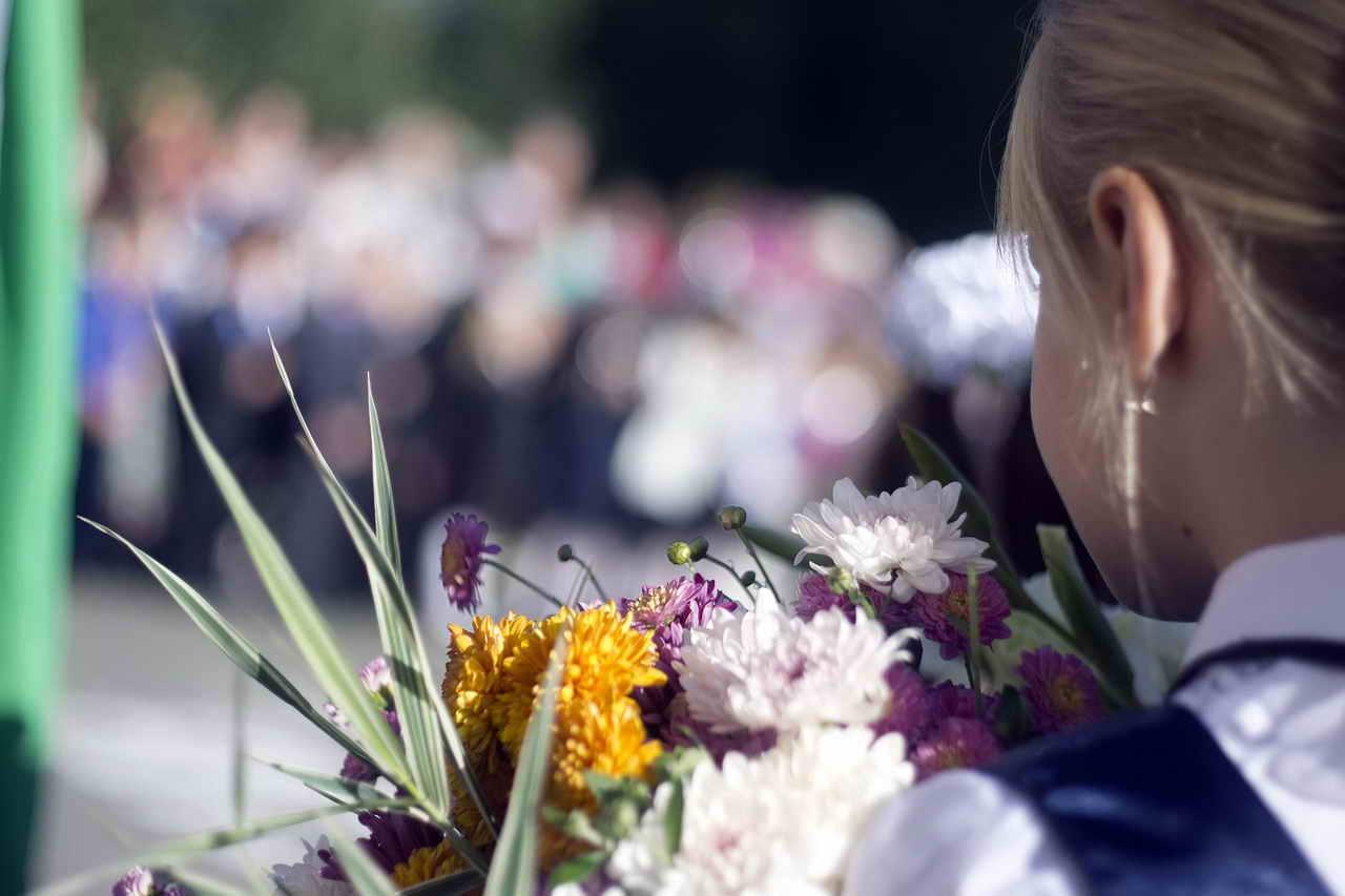 Зачисление в 1 класс в Кирове. За день было подано более 3000 заявлений
