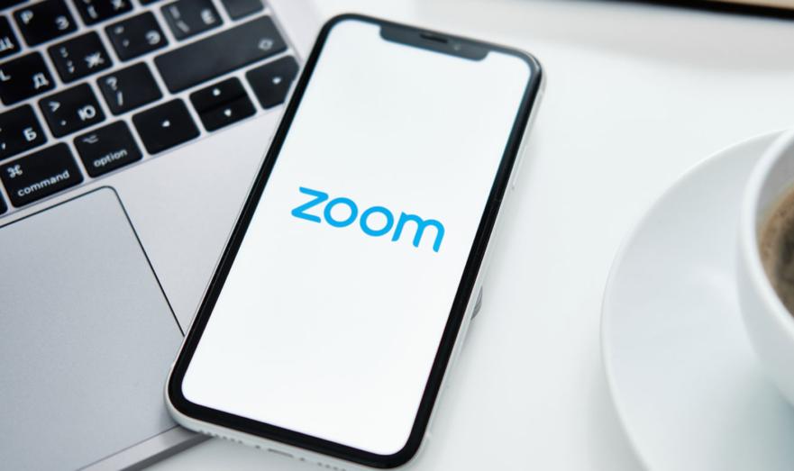 Из-за отказа продавать свое решение государственным органам и госкомпаниям, Zoom могут заблокировать на территории РФ