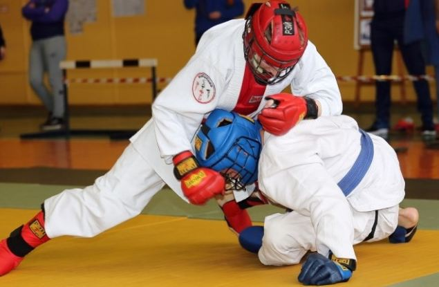 Две кировчанки стали лучшими на Всероссийских соревнованиях по абсолютно реальному бою