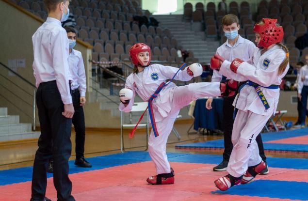 В день рождения тхэквондо состоялся чемпионат и первенство города Кирова