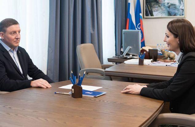«Единая Россия» предложит Президенту полностью оплачивать больничные родителям дошкольников