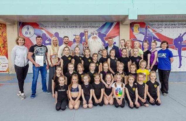 «Дед Мороз всея Руси» провел благотворительную акцию в кировской спортивной школе