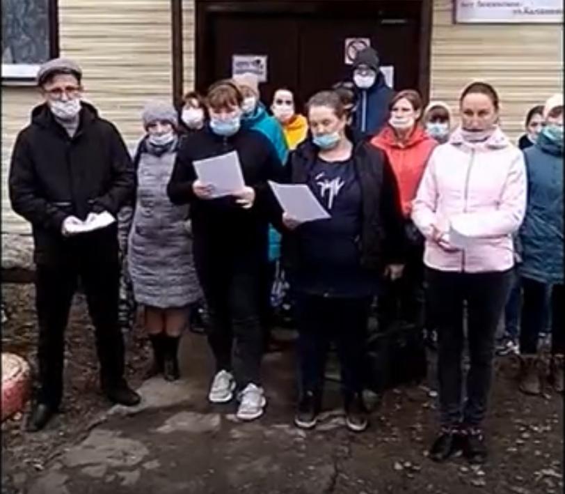 Главу Шабалинского района обвинили в отказе выделить деньги на ремонт детского сада