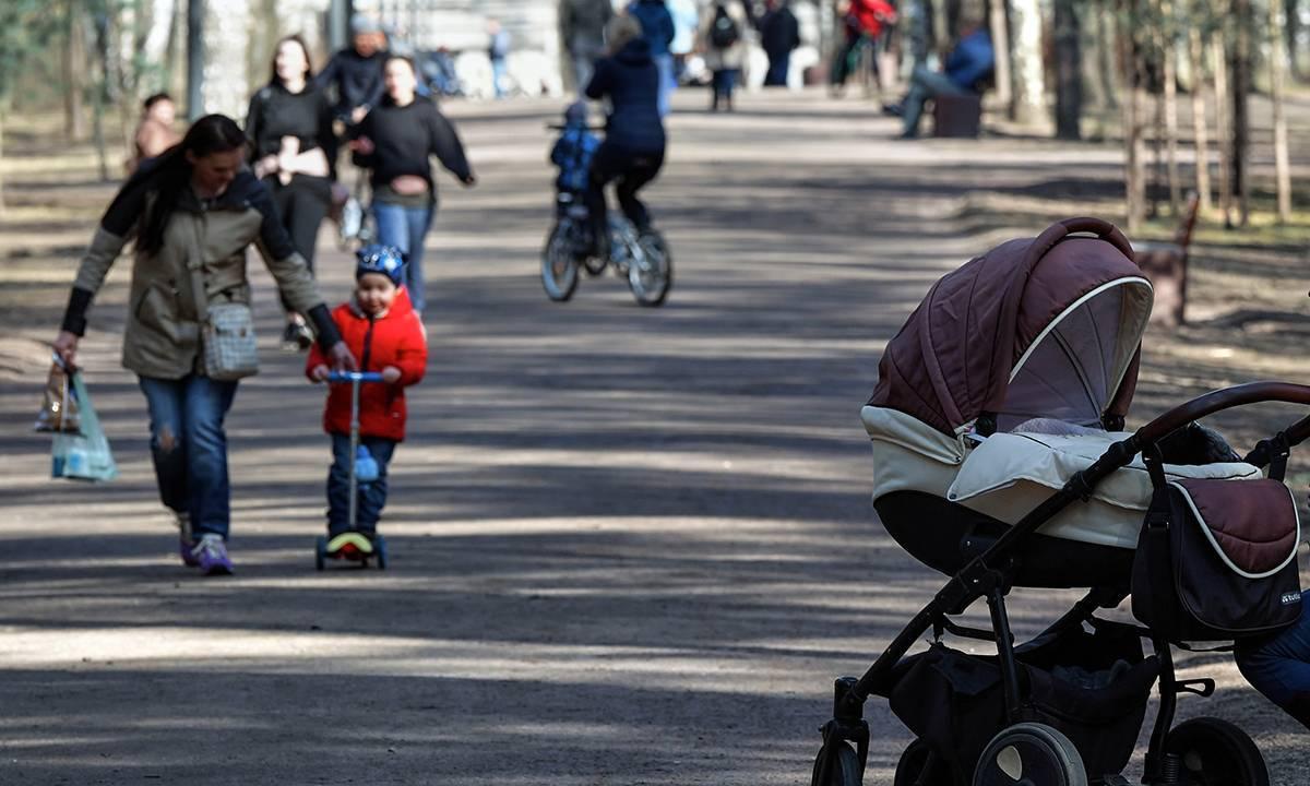 Выплаты беременным и кешбэк за детский отдых – Владимир Путин поручил реализовать социальные инициативы, с которыми в его адрес выходила «Единая Россия»