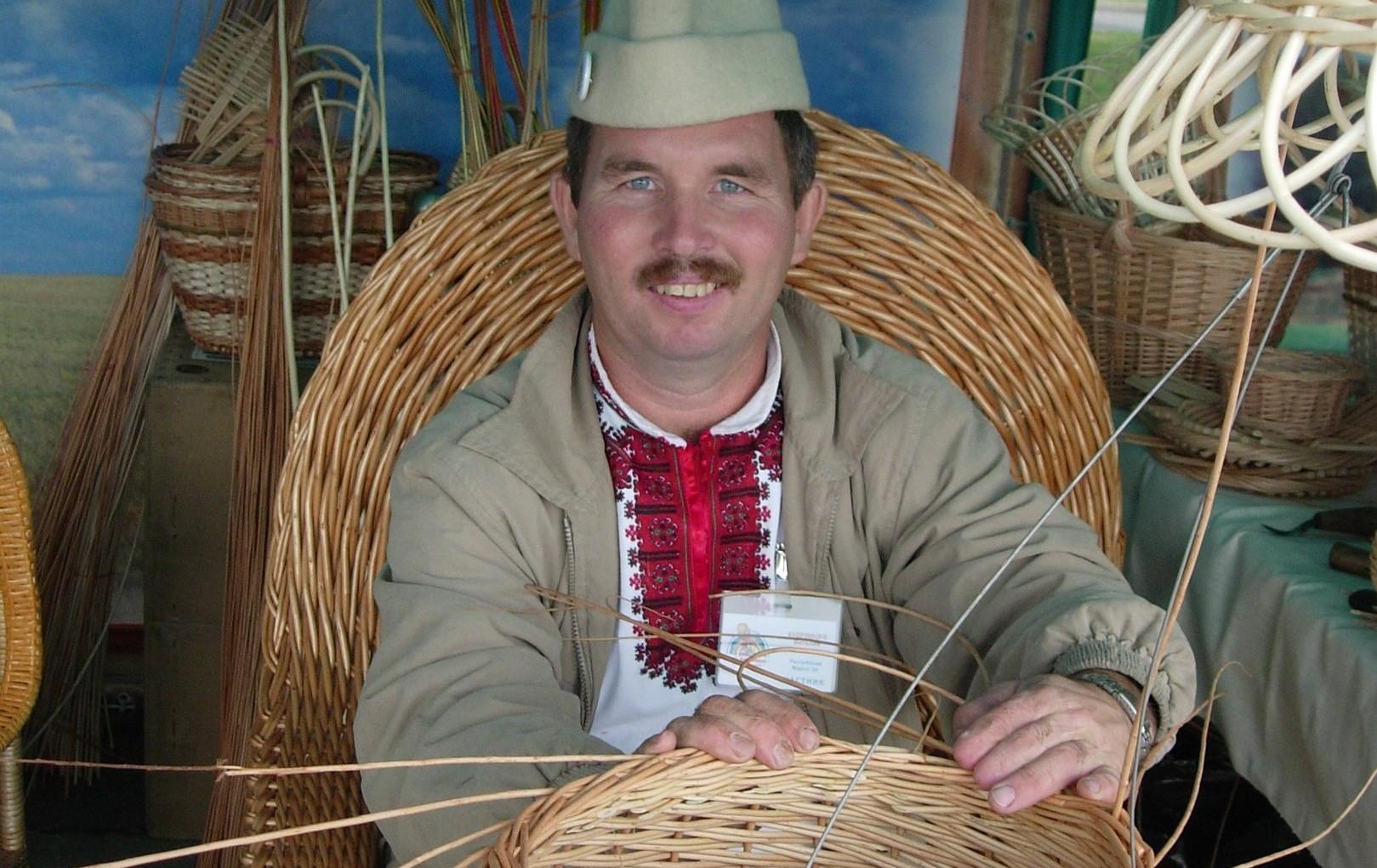 В Кировскую область приедет известный по всему миру мастер лозоплетения