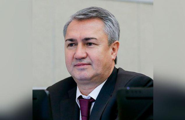 Депутат Госдумы от Кировской области Рахим Азимов попал в ДТП в центре Москвы
