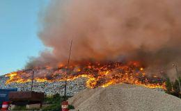 Кировские пожарные всю ночь тушили горящий полигон ТКО в Лубягино