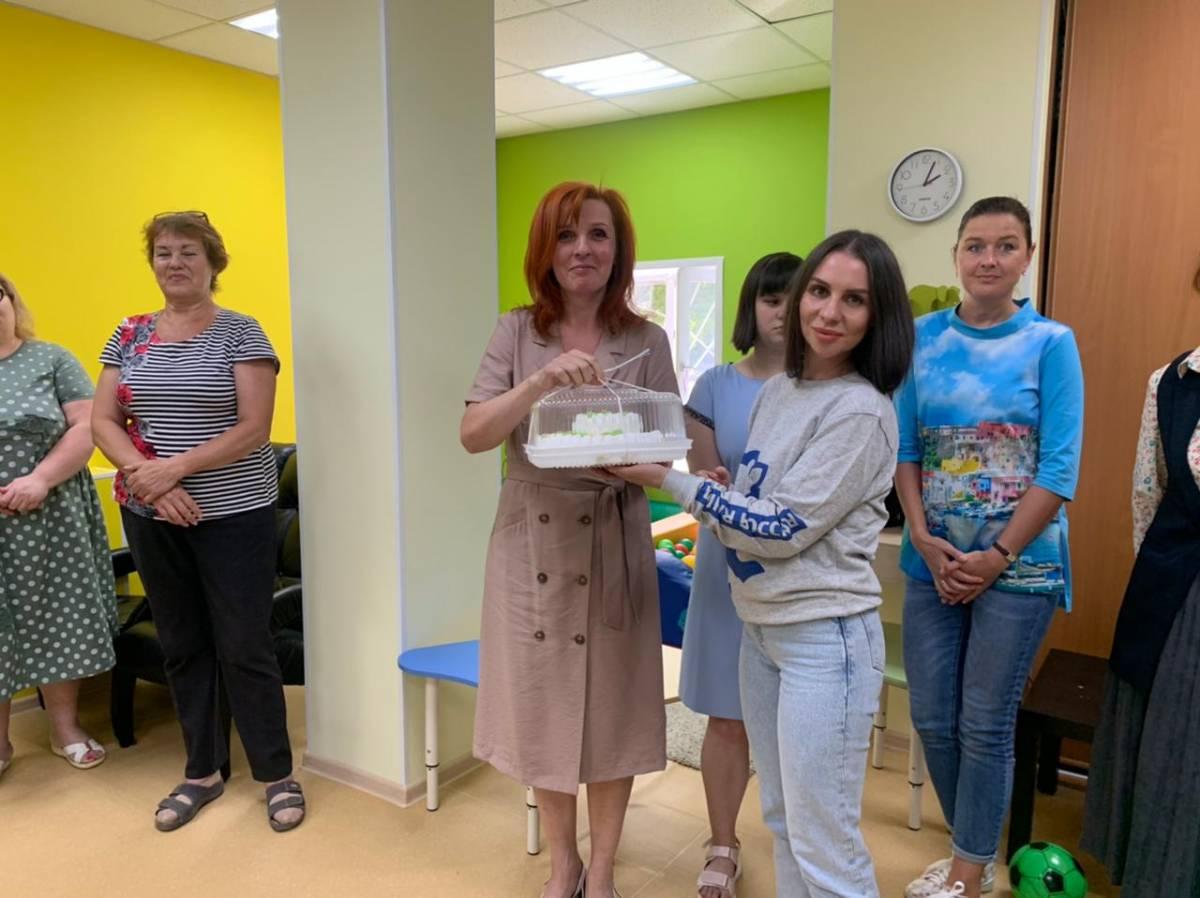 «Единая Россия» поздравила соцработников с профессиональным праздником