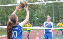 При поддержке депутата благоустроят спортивную площадку у школы