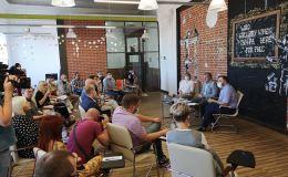 Губернатор Васильев поговорил с блогерами