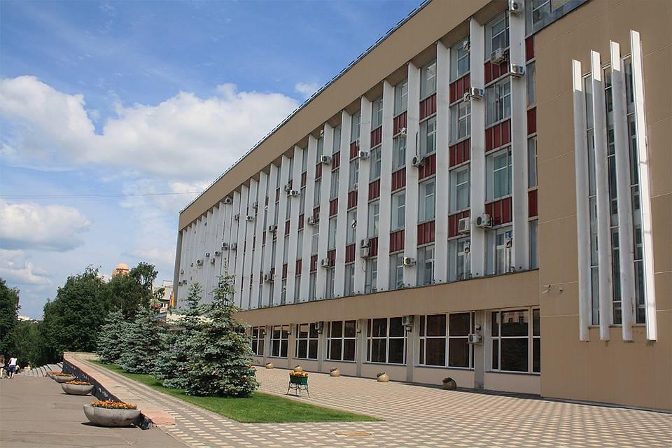 Что будет, если весь город Киров закрасить от вандалов?