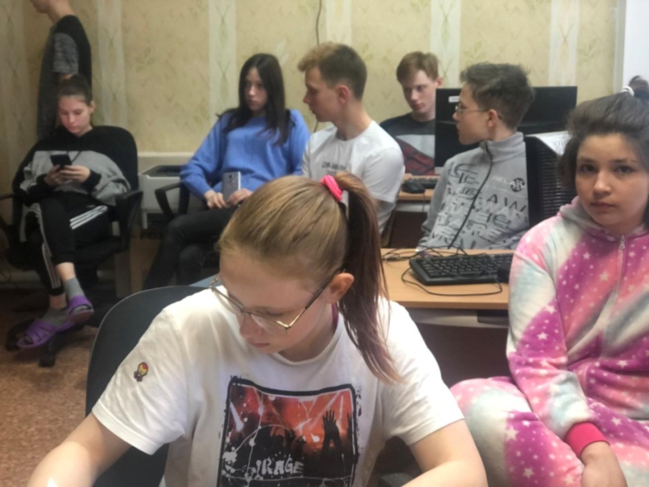 Дети-сироты из Нолинска освоили основы экономического выживания в городе