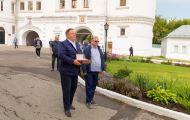 Попечением Олега Валенчука на Вятку привезли мощи святого Пантелеимона