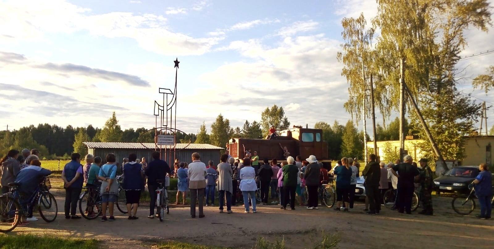 Жители Каринторфа требуют открыть понтонный мост через Чепцу