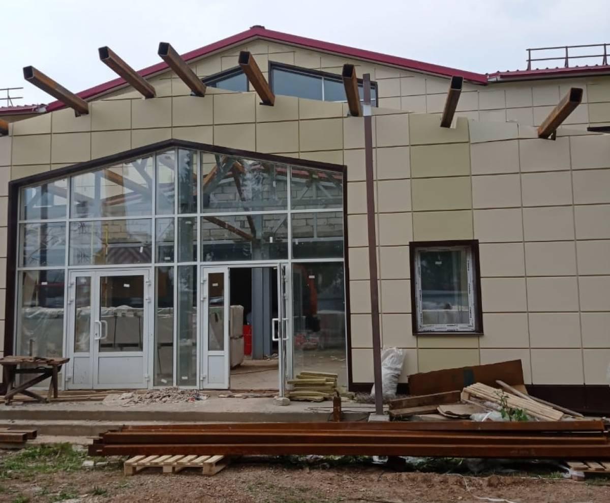 Общественники оценили ход работ по строительству досугового центра в Афанасьево
