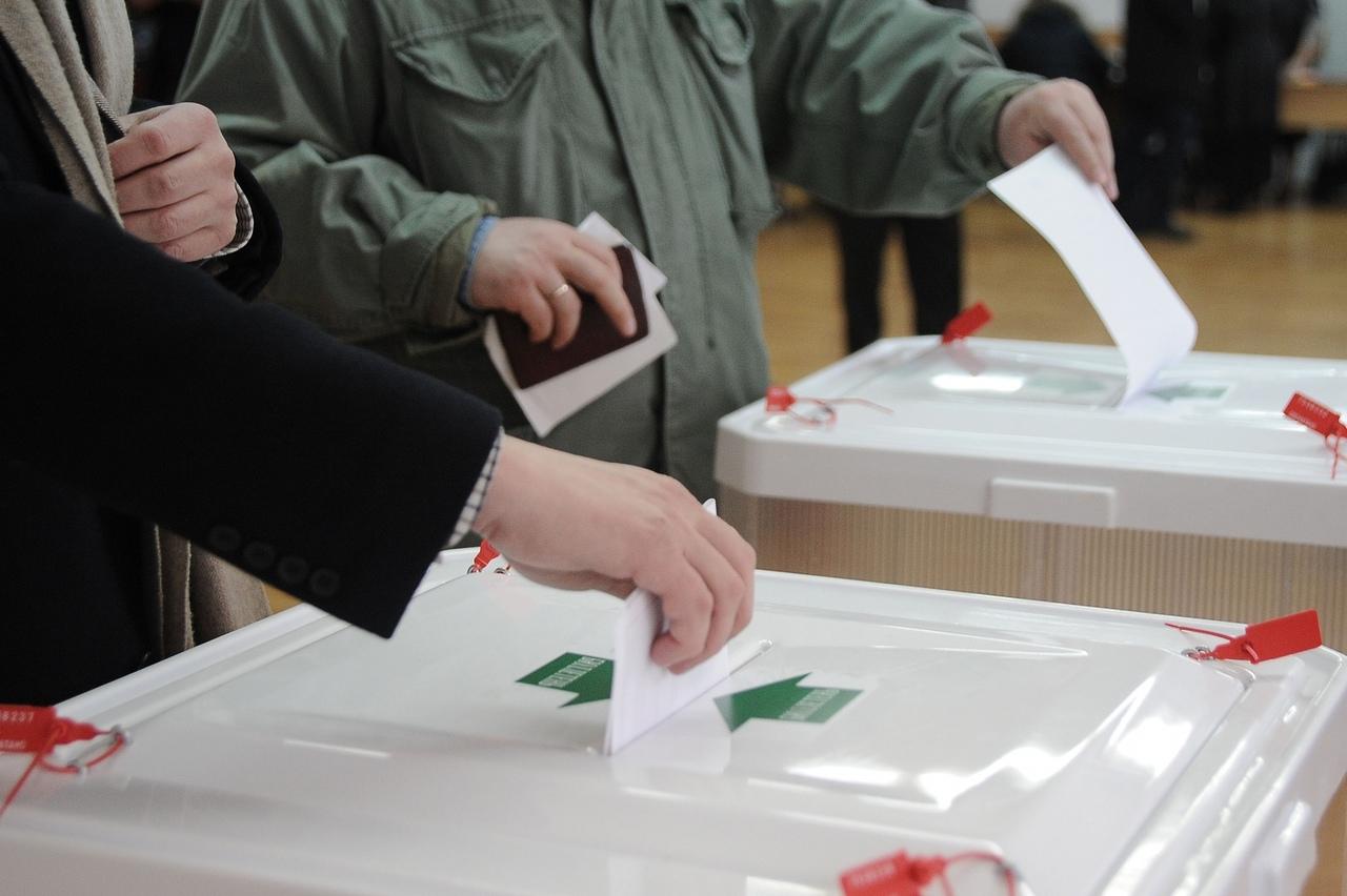 В предвыборную борьбу вступили 85% партий