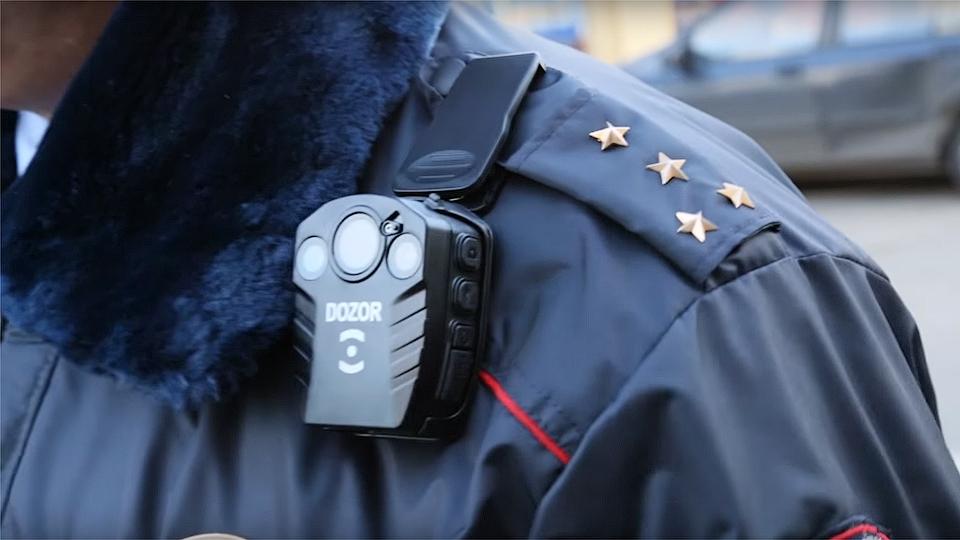Проверка слуха: полицейских обяжут носить видеорегистраторы уже с сентября?