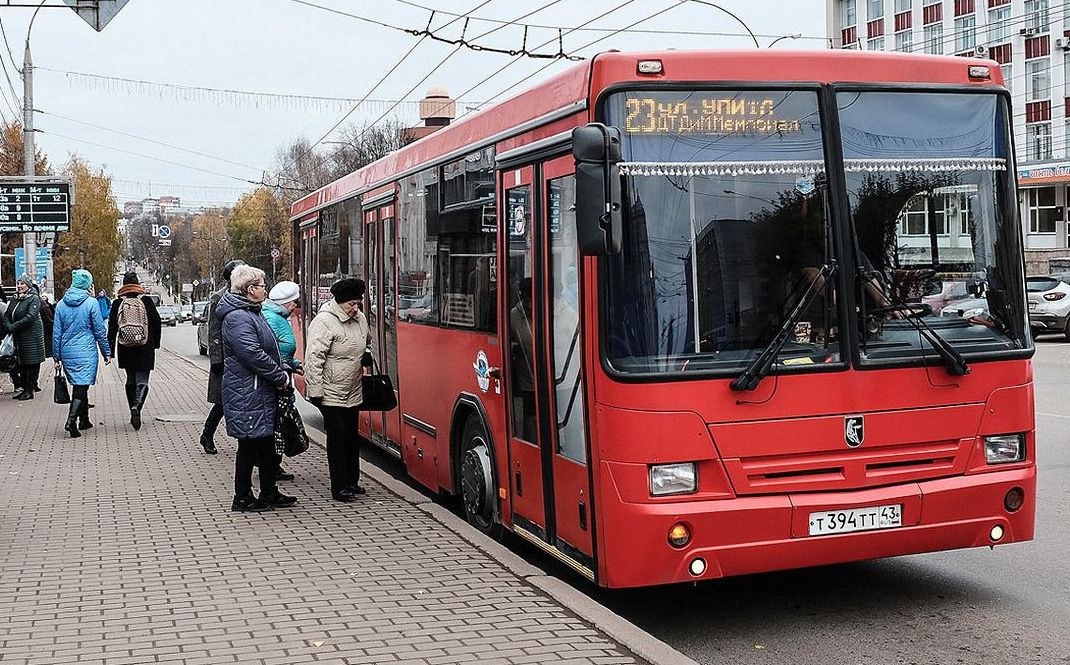 Миллиард рублей из регионального бюджета потратят на 117 автобусов
