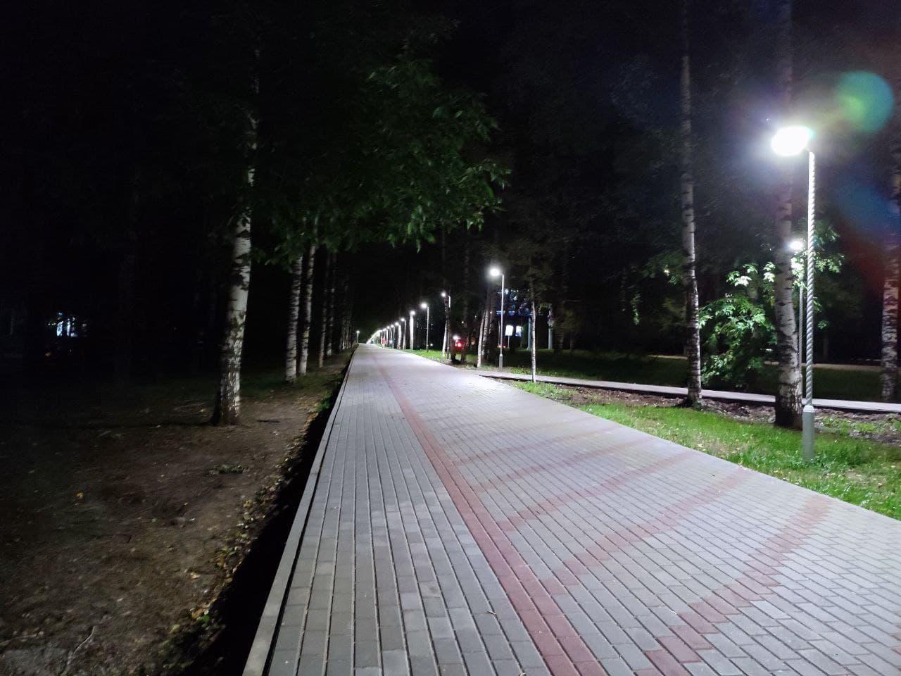 Аллея на улице Московской засветилась спустя множество лет