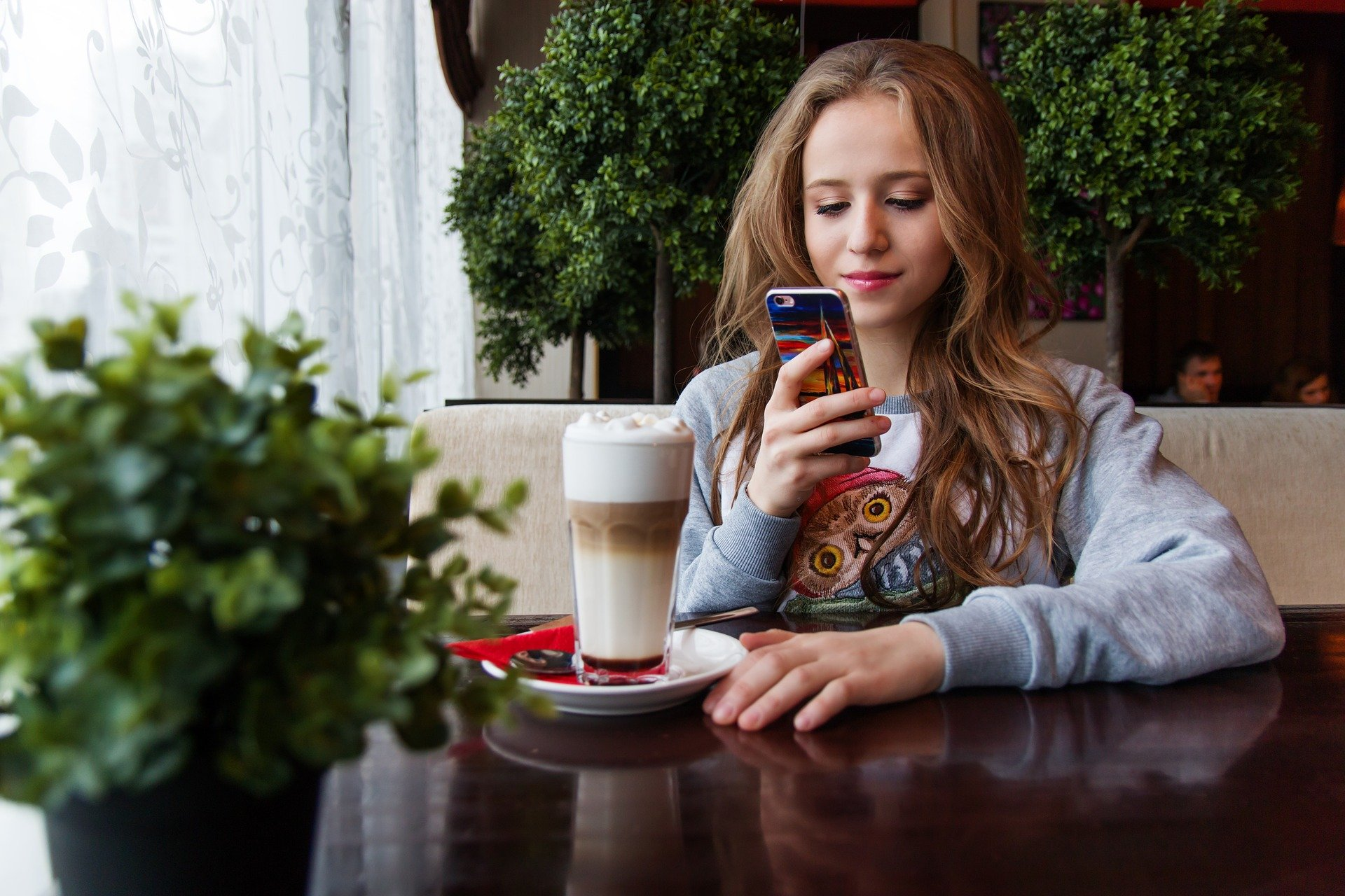 Скоро в школу: как выбрать мобильный тариф для ребенка