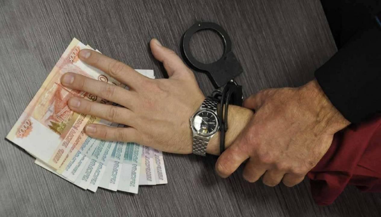 Чепецкий заключенный предстанет перед судом за взятку должностному лицу