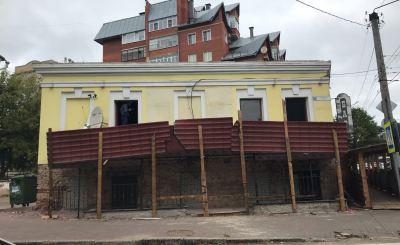 К старинному дому в центре Кирова хотят надстроить дополнительный этаж?