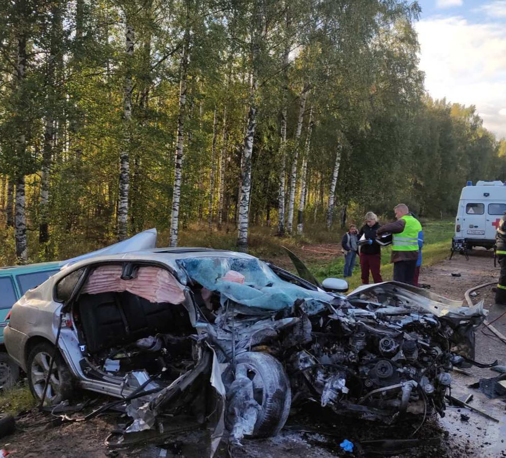 Жуткая авария под Кировом унесла жизни троих людей