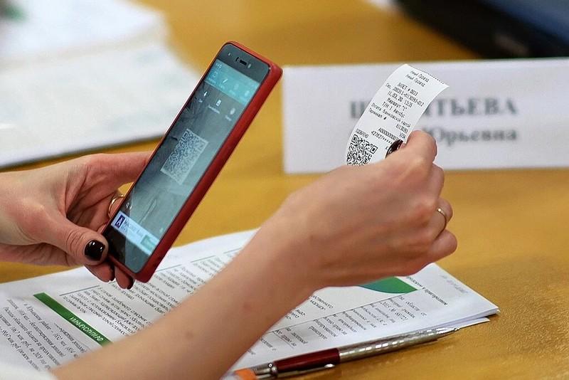 """Правительство Кировской области уже месяц не обновляет сертификат безопасности на сайте ИТ-платформы """"Умные Услуги"""""""