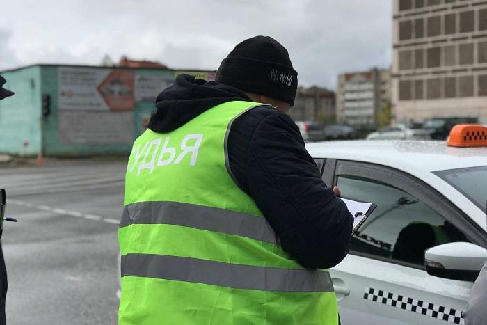 Лучший таксист Кировской области будет представлять регион на всероссийском уровне