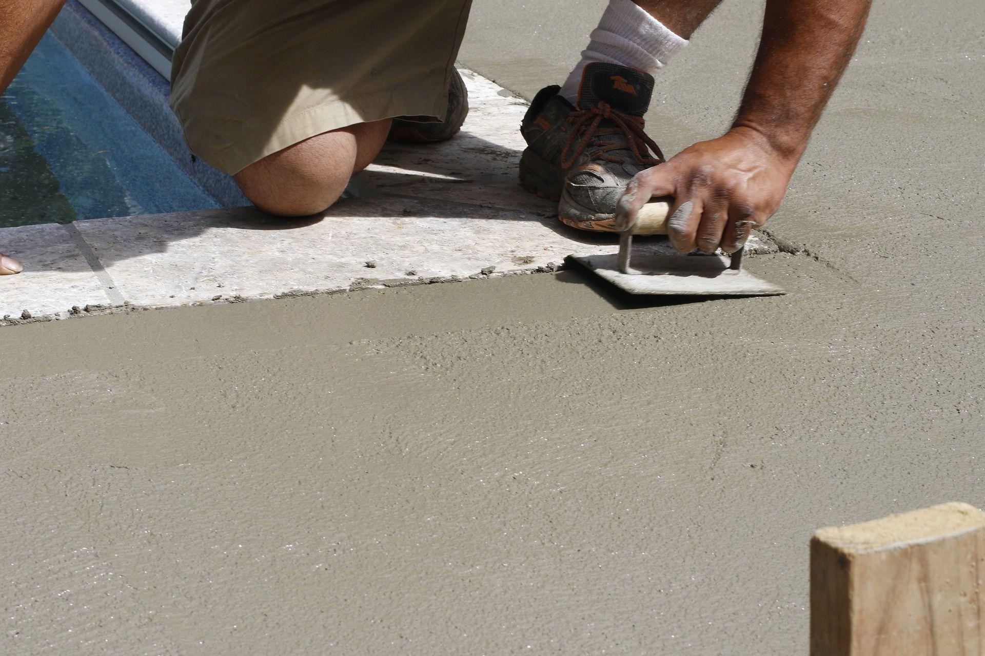 Сферы применения и эксплуатационные преимущества бетона М500