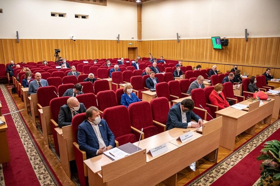 В ОЗС избрали нового заместителя председателя. Одну кандидатуру из оппозиции не приняли
