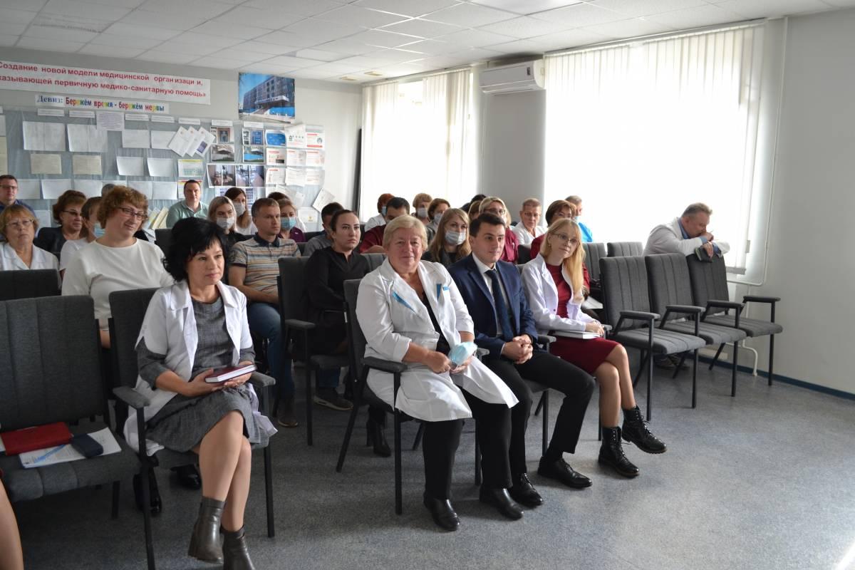 «Единая Россия» поздравила врачей с профессиональным праздником