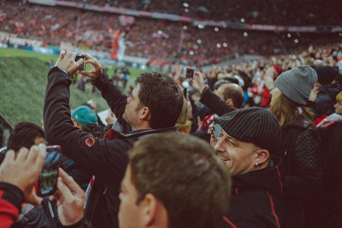 Жители Кировской области оказались ярыми футбольными болельщиками
