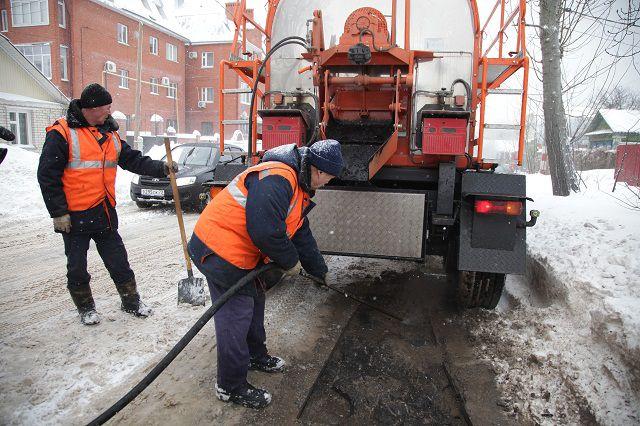 На кировских дорогах начался ямочный ремонт