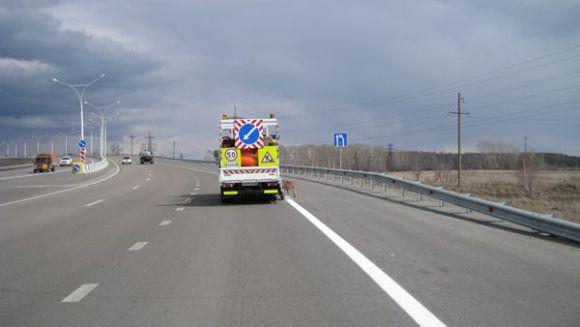 На кировских дорогах появится синяя и желтая разметка