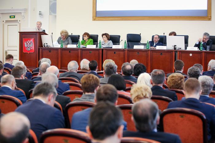 В Кировской области реализуют основные приоритетные проекты в образовании