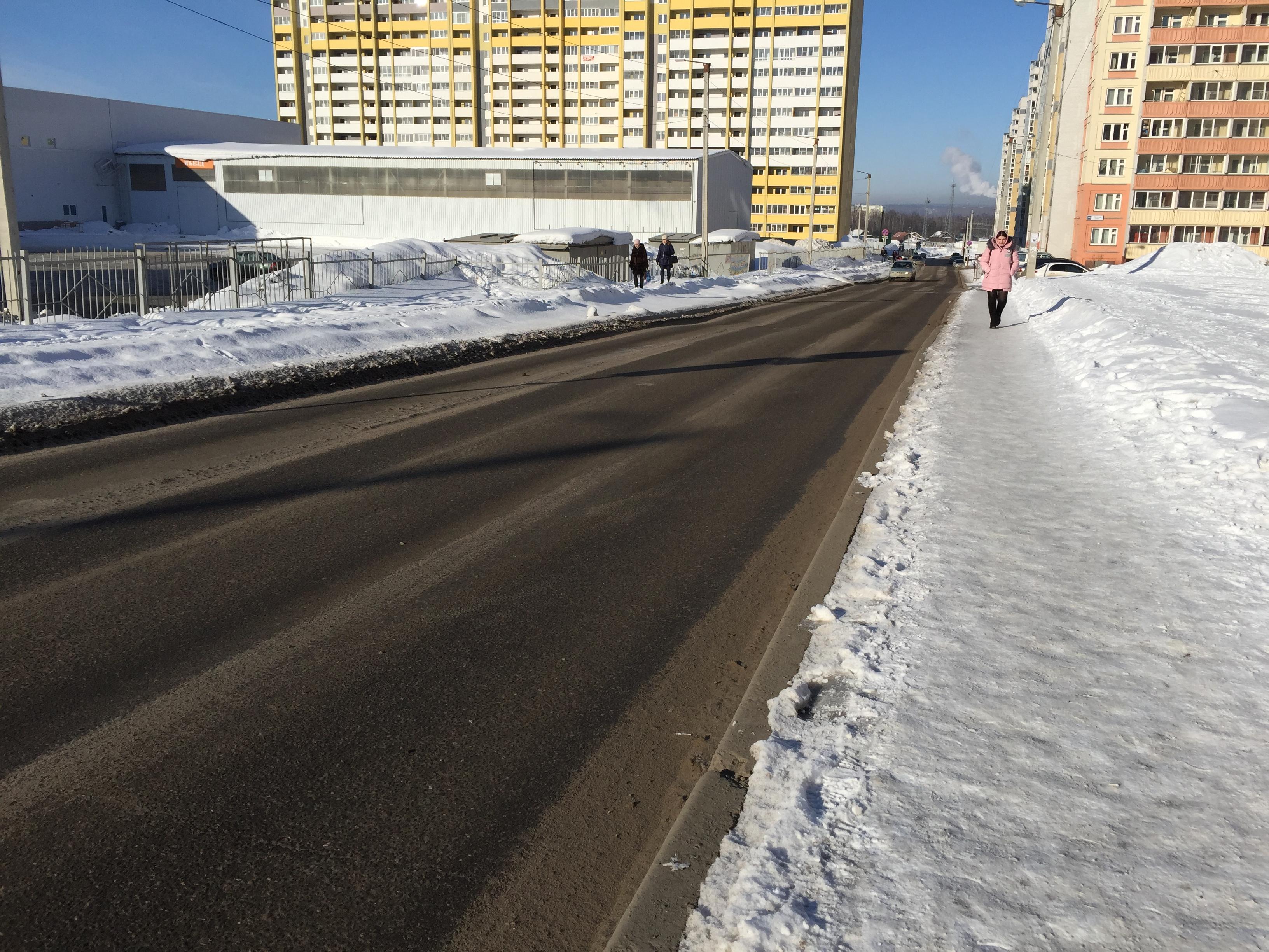 Власти Кирова отреагировали на жалобу автовладельцев микрорайона Зиновы