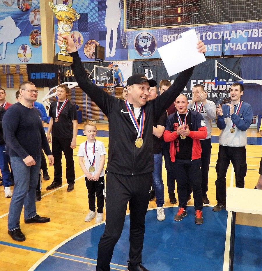 Футболисты «Т Плюс» одержали чистую победу в спартакиаде