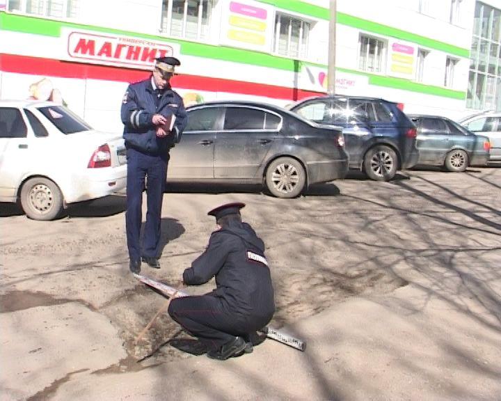Госавтоинспекторы вышли на улицы города с линейками