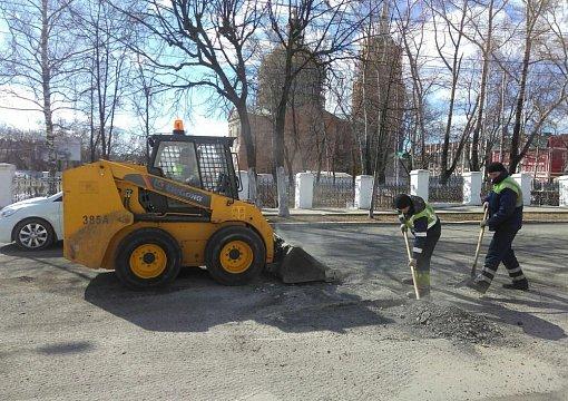Как отремонтировать дороги в Кирове и не сойти с ума? Итоги за прошлый год и планы на текущий