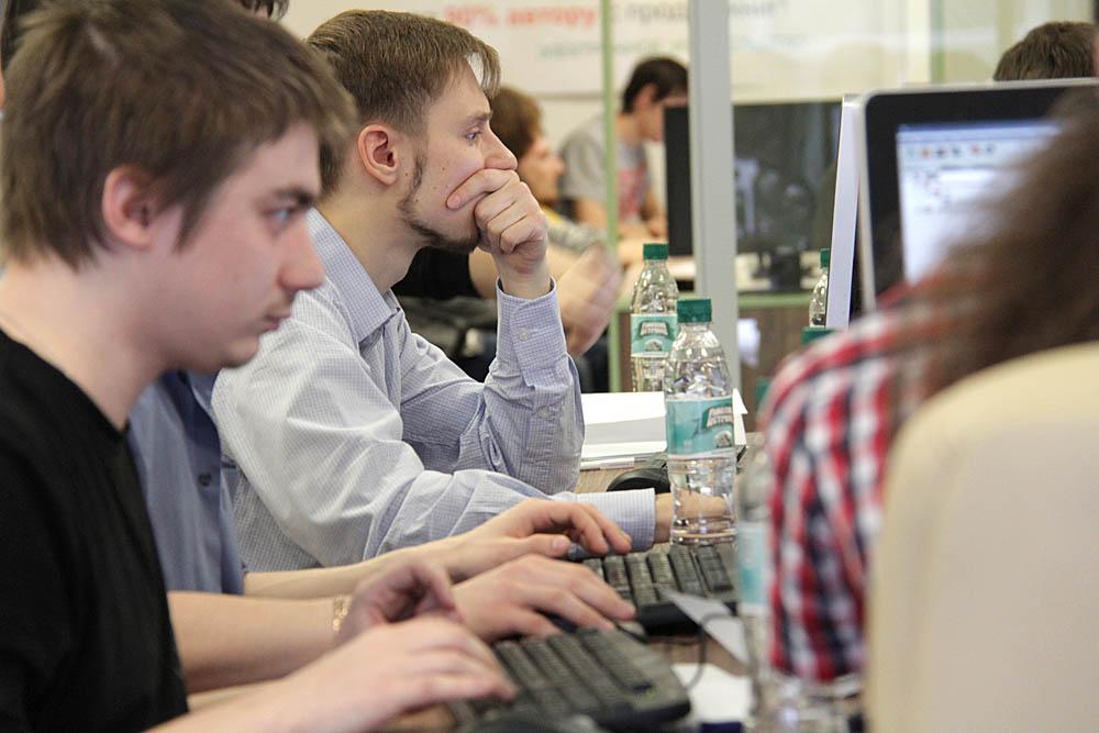 Кировские студенты приглашены в финал международной IT-олимпиады