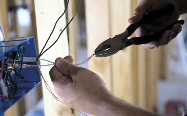 Котельничанку оштрафовали за самовольное подключение к электросетям