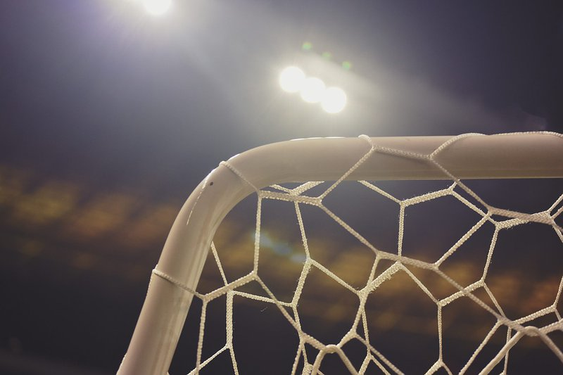 В Кирово-Чепецке на ребенка упали футбольные ворота
