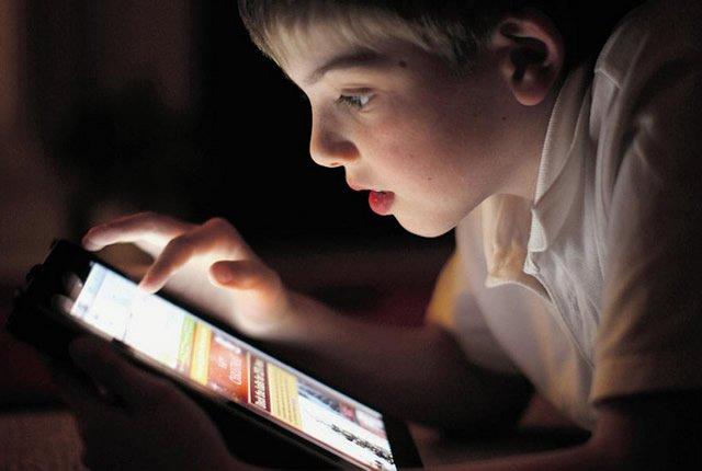 В интернете детям делать нечего?