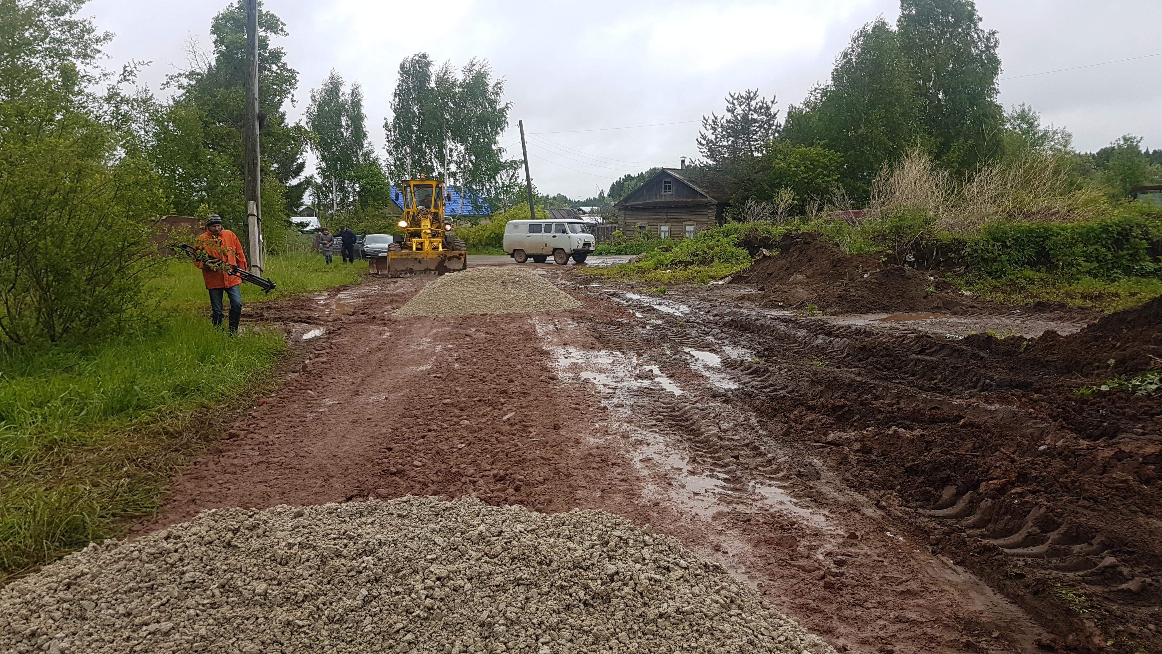 Союз садоводов продолжает ремонт дорог в Кирово-Чепецком районе