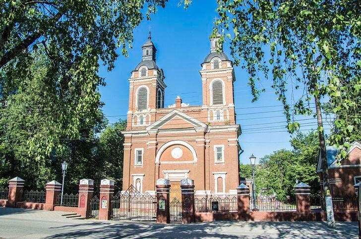 Кировские католики против правительства региона