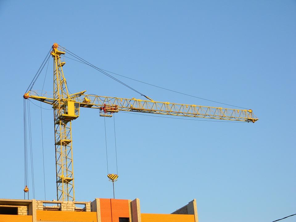 Подписан закон, предусматривающий переход к новой модели финансирования строительства жилья