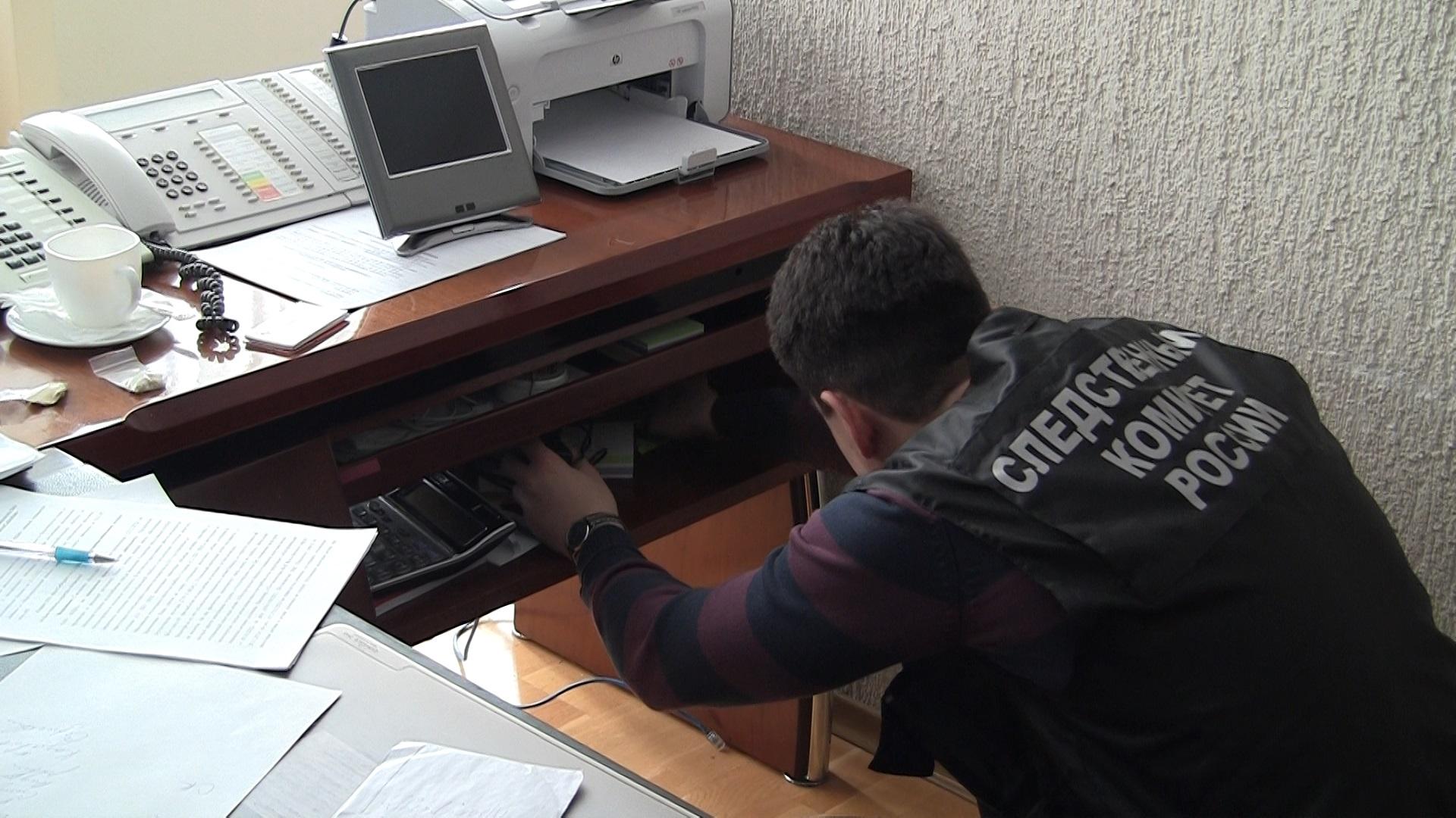 В кабинетах кировских чиновников идут обыски